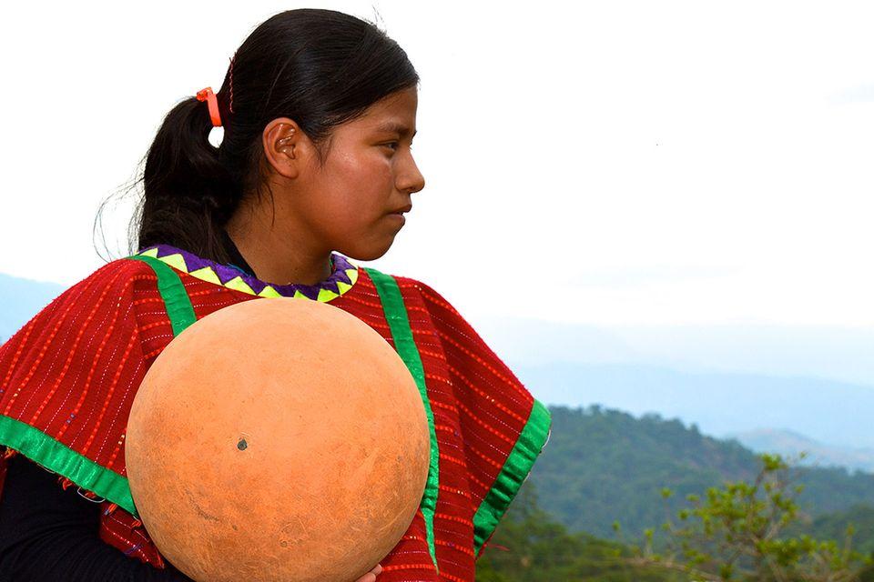 Basketball – die kleinen Barfußspieler von Mexiko