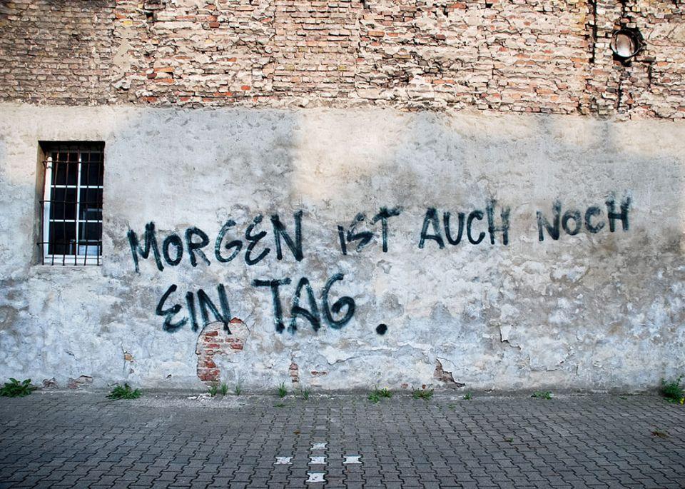 "Motivation: Ich, am Abend: ""Morgen, Joggen!"" Ich, am Morgen: ""Joggen? Morgen!"""