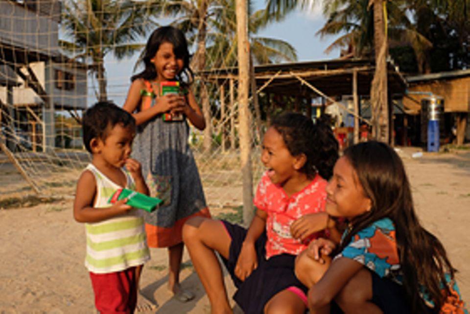 In Sithas Familie können viele ehemalige Straßenkinder zum ersten Mal wieder Kind sein, spielen und lachen und müssen sich keine Sorgen um die Zukunft machen