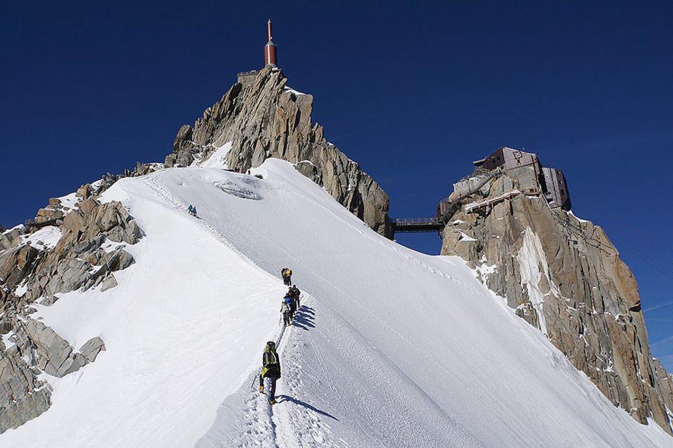 Abstieg von der Aiguille du Midi über einen Firngrat