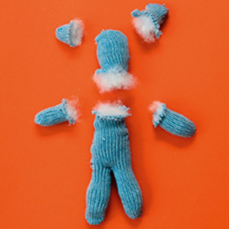 Basteln: Teddys aus Handschuhen