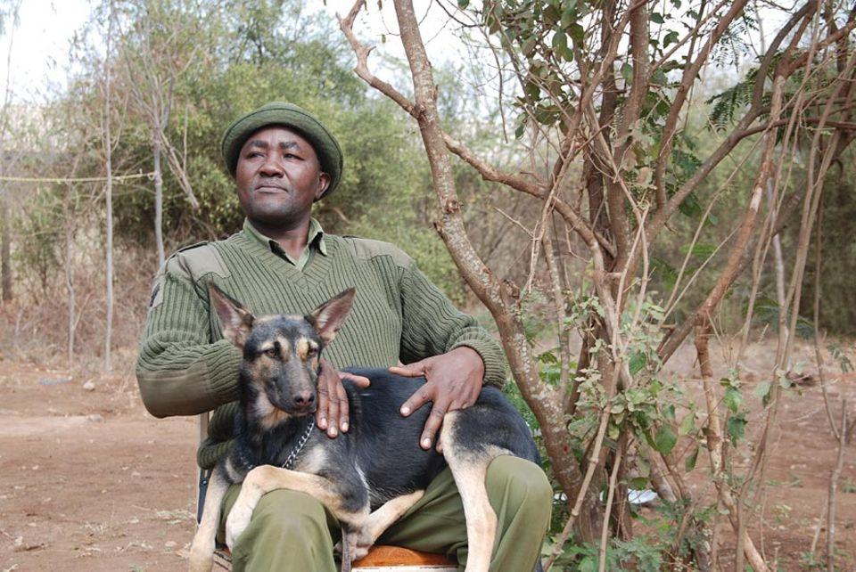Bevor Mutinda den Dienst als Ranger antrat, war er selbst ein gefürchteter Wilderer