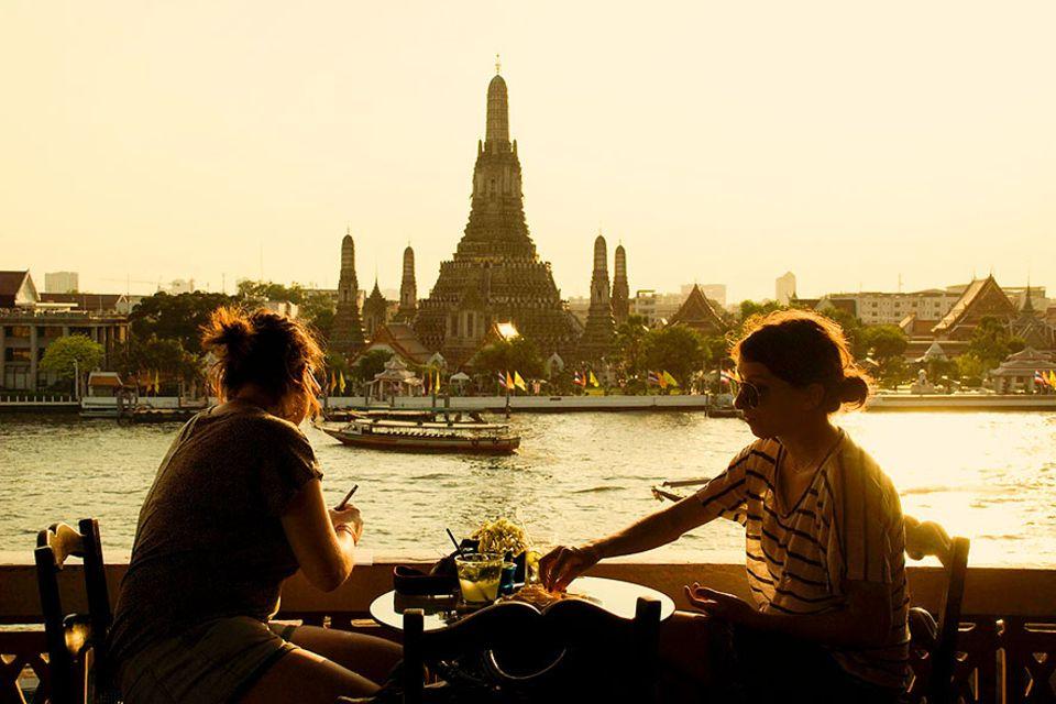 Beliebte Stadtteile: Das Backpacker-Viertel Banglampoo liegt direkt am Chao Phraya, der mitten durch Bangkok fließt