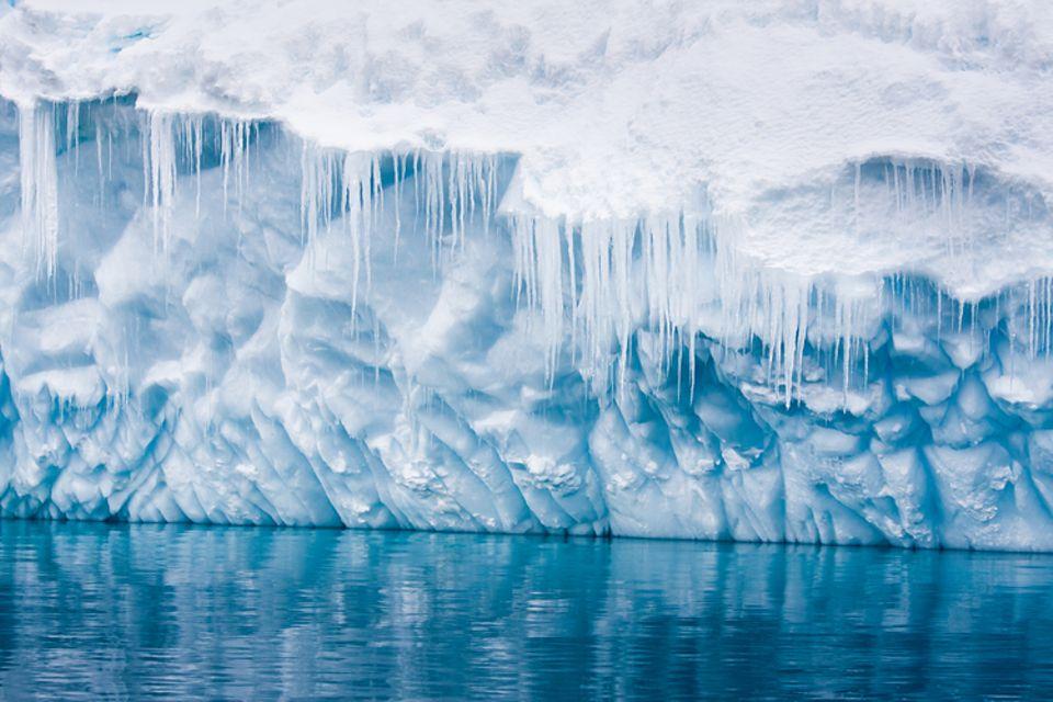 Gib mir fünf: Besonders dicke Eisschichten gibt es an den Gletschern der Antarktis