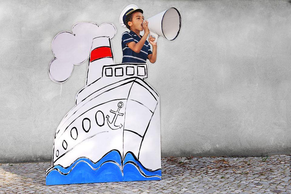 Kreuzfahrt: Wer mit Kindern auf große Seereise gehen möchte, sollte einige Dinge bedenken und sich gut über Sonderkonditionen beraten lassen