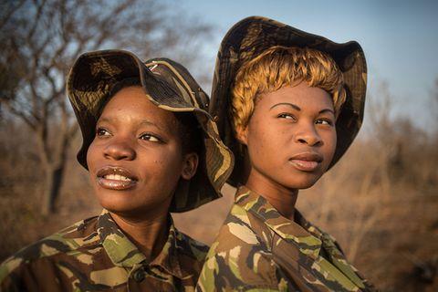 """Frauenpower gegen Wilderei: Die """"Schwarzen Mambas"""" und ihr Kampf gegen Nashorn-Wilderer"""