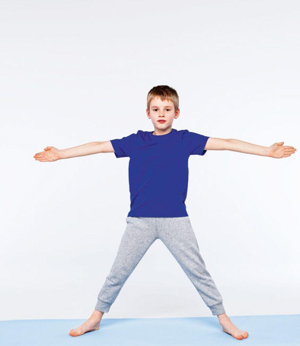 Bewegung: Die Dreieckshaltung: Schritt 1