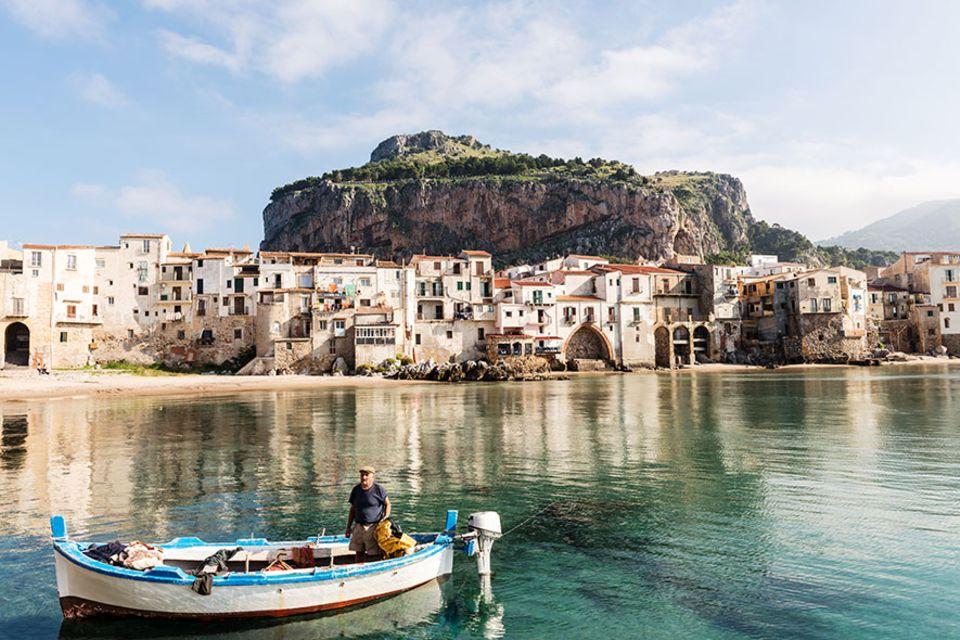 Süditalien: Levanzo ist die nördlichste und kleinste der drei Ägadischen Inseln im Mittelmeer vor der Westküste Siziliens