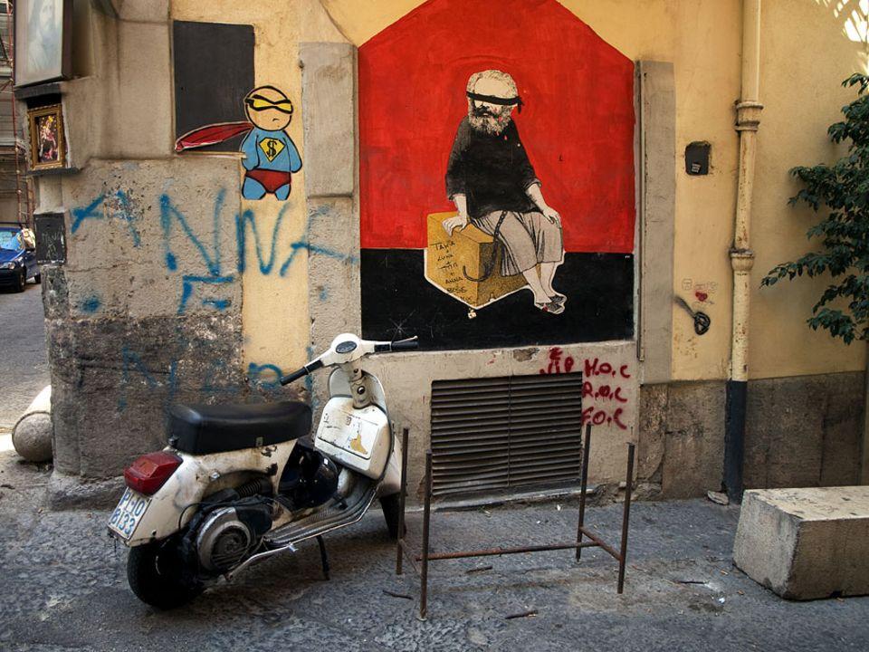 Reisetipps Süditalien: In den Gassen der drittgrößten Stadt Italiens toben sich die Street-Art-Künstler des Landes am liebsten aus