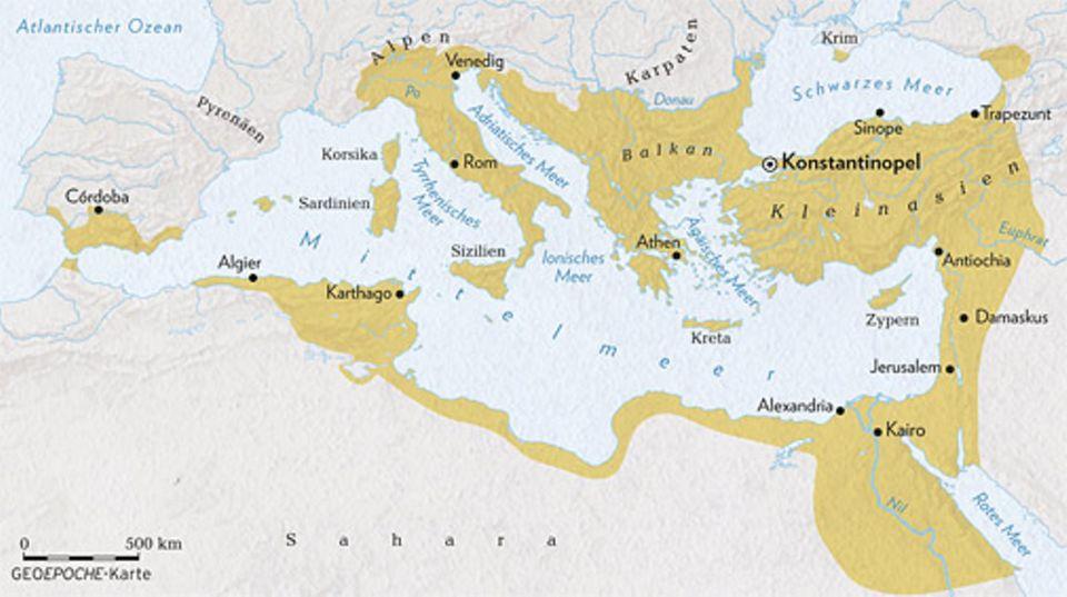 Byzantinisches Reich: Im Jahr 565, beim Tode Kaiser Justinians, ist Byzanz so groß wie nie zuvor - und nie mehr danach. Denn schon bald schrumpft das Byzantinische Reich: Erst geht Italien verloren, dann auch die Levante und Nordafrika