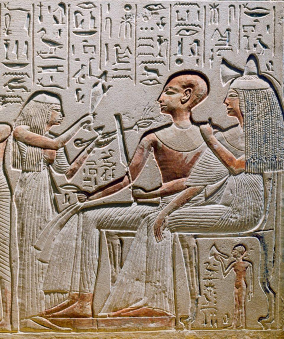 GEO EPOCHE EDITION: Untertanen, die es sich leisten können, lassen bald ebenfalls steinerne Bildwerke erschaffen: um nach ihrem Tod nicht vergessen zu werden