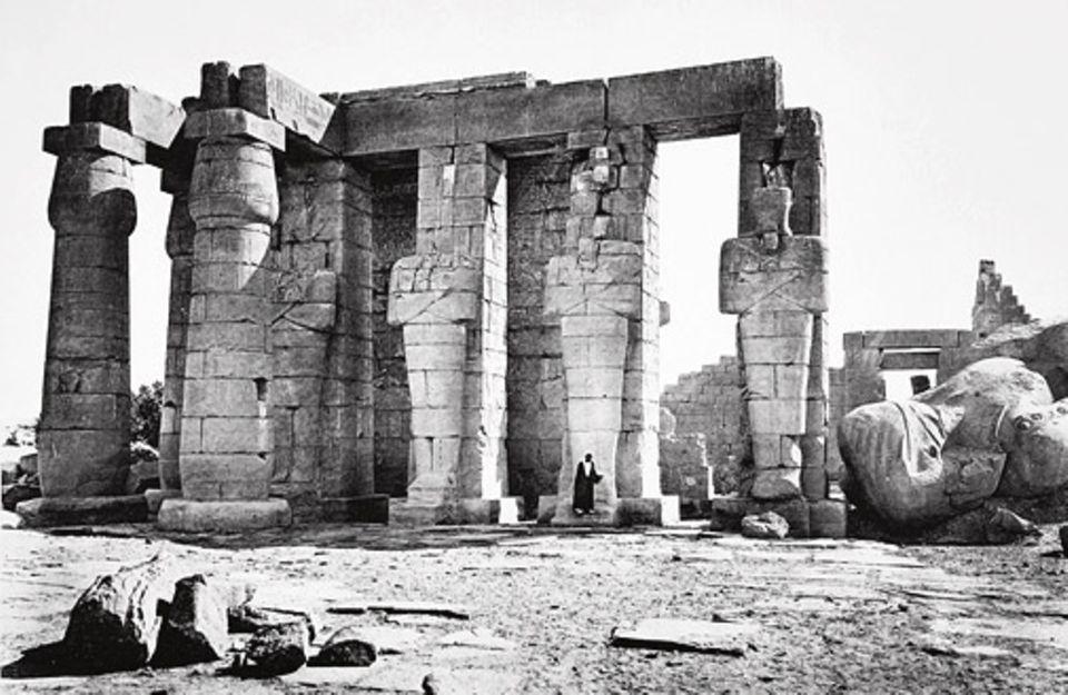 GEO EPOCHE EDITION: Zentren des Glaubens: Kolossale Tempelanlagen errichten die Ägypter entlang des Nil, Meisterwerke der Baukunst. Doch die Heiligtümer dürfen nur wenige Priester betreten