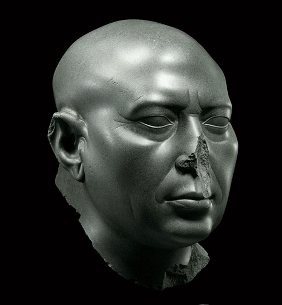GEO EPOCHE EDITION: Die Kraft einer Kultur: Selbst unter fremder Herrschaft wirkt die Kunst Ägyptens weiter. Als die Ptolemäer ab 306 v. Chr. am Nil regieren, entstehen Werke von großer Ausdrucksstärke