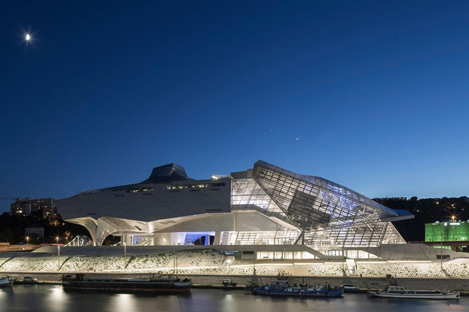 Frankreich: Das Musée des Confluences wurde 2014 eröffnet, nachdem der Bau des futuristischen Gebäudes fast zehn Jahre länger gedauert hat, als geplant
