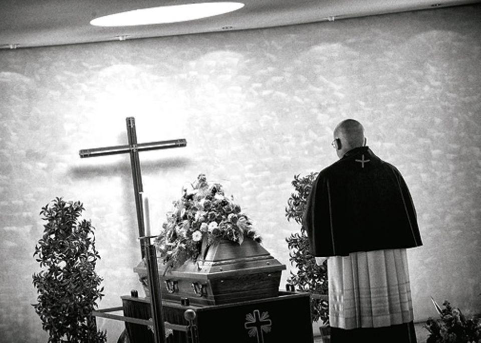 Angst: Früher drohte die Kirche oft, nach dem Tod gerate ein Sünder in die Hölle. Diese Vorstellung will Wahl seiner Gemeinde heute nicht mehr vermitteln