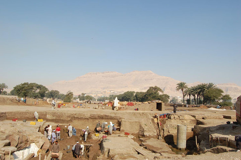 Altes Ägypten: Memnon in Not - Bild 11
