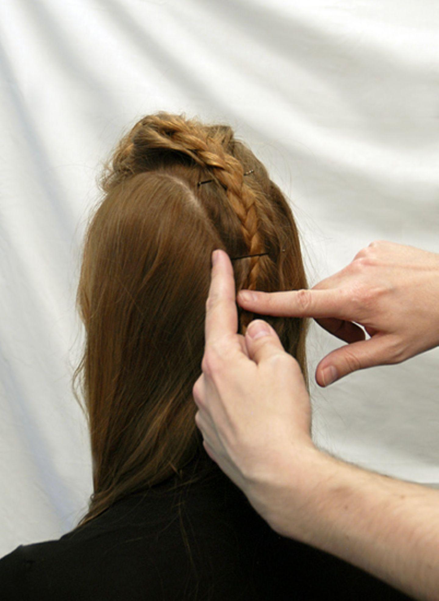 Basteln: Frisur 2: Römische Kaiserin - Bild 11