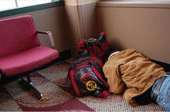 Fotogalerie: Sleeping in Airports - Bild 4