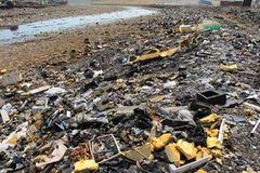 Elektroschrott vergiftet das Flusswasser