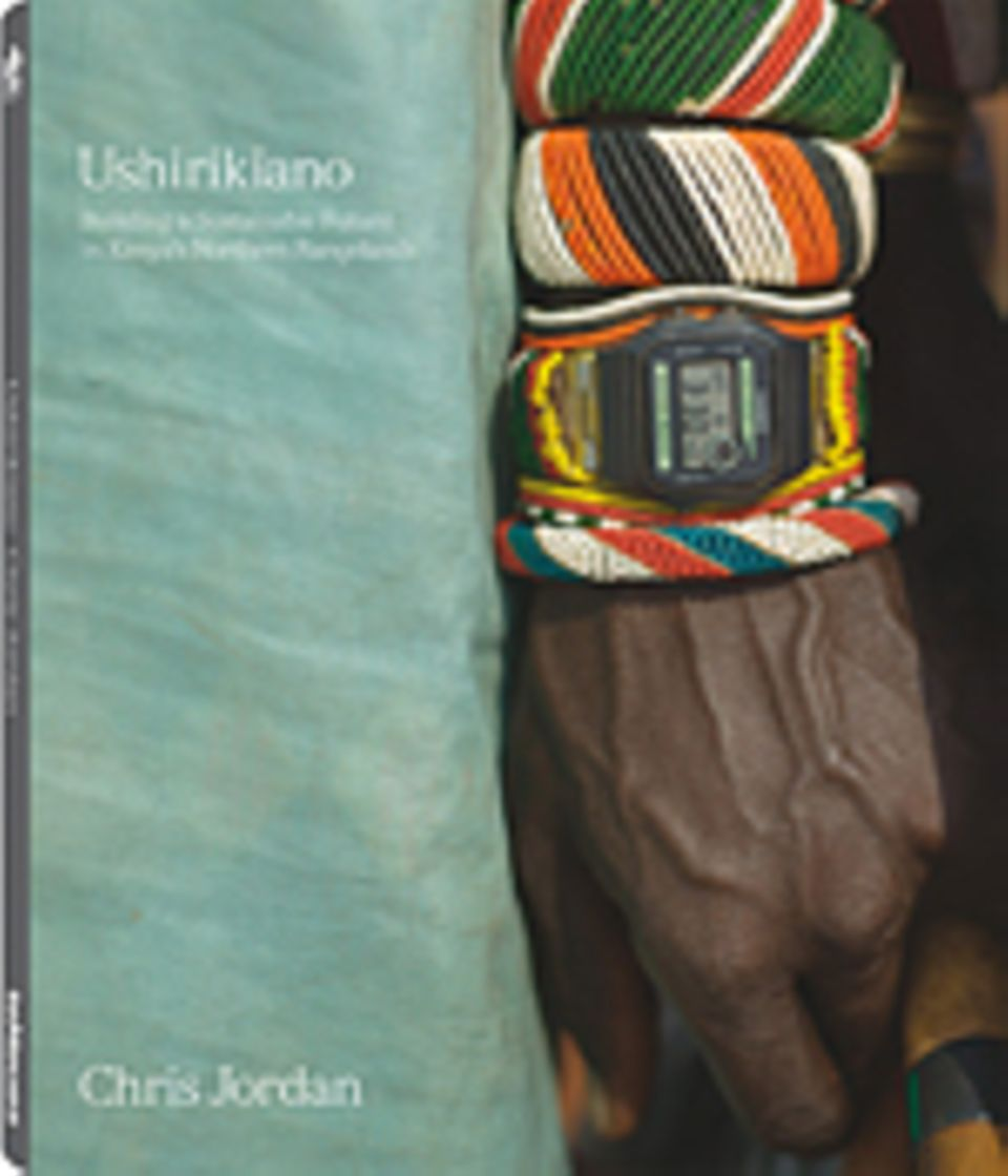 Fotogalerie: Ushirikiano Building a Sustainable Future in Kenya's Northern Rangelands Fotografien: Chris Jordan teNeues Verlag 2011 96 Seiten, 54 Farbfotografien