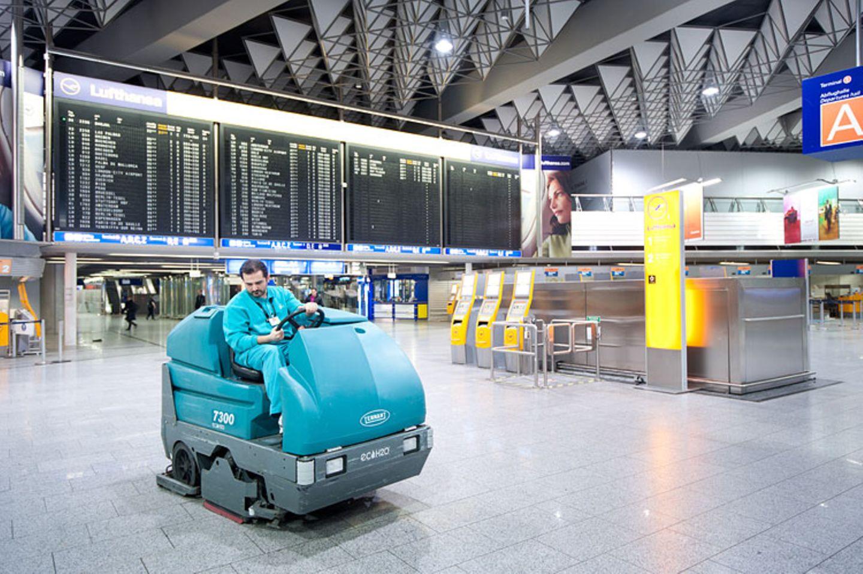 Flughafen: Am Boden geblieben - Bild 13