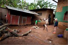 Fotostrecke: Unicef Burundi: Médick und seine Beschützer - Bild 4