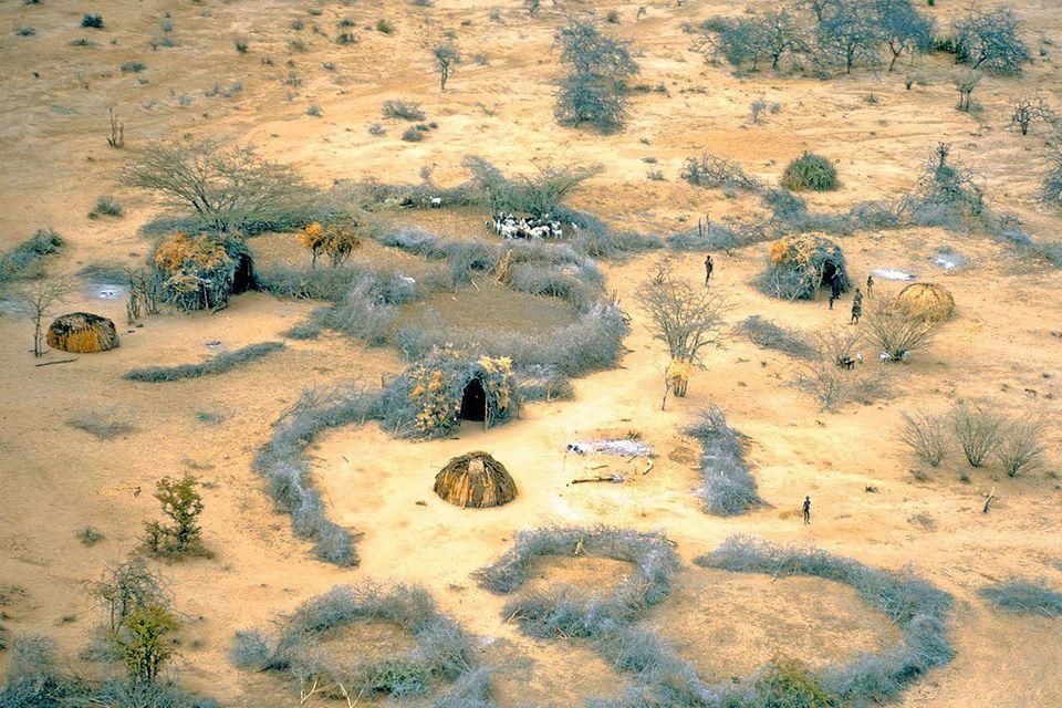 Touristische Begegnungen: Bitte anklopfen: Tourismus und indigene Völker