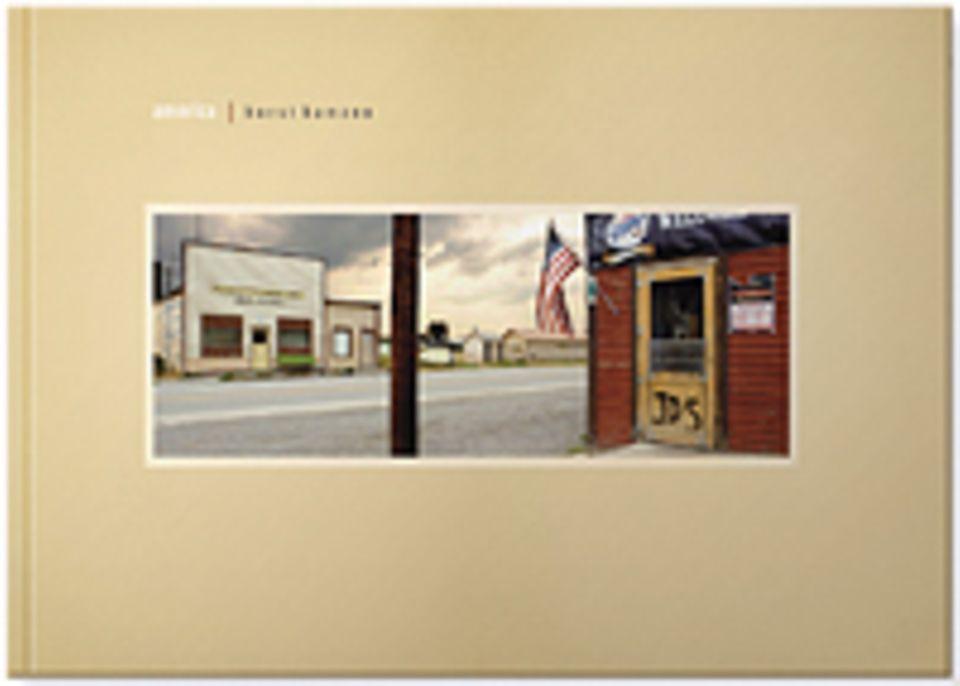 Fotogalerie: America, 160 Seiten mit 70 Panoramafotografien in Farbe. Mit Texten von Roger Willemsen, Thomas C. Breuer und Horst Hamann in Deutsch und Englisch erschienen bei edition panorama