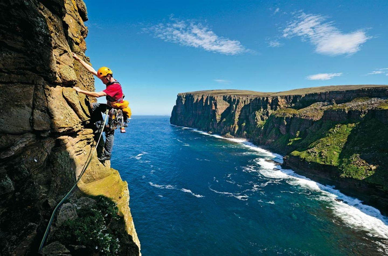 Kletterer im Himmel