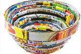 Upcycling: Schalen aus Altpapier basteln