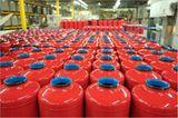 Feuer: Brandheiss: So werden Feuerlöscher gefertigt - Bild 11