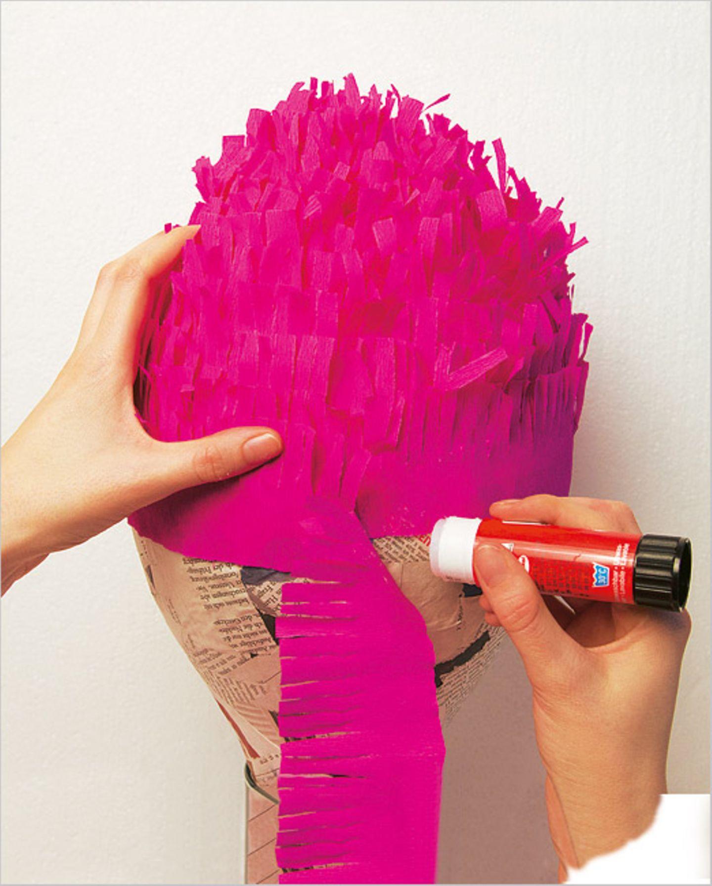 Basteln: Basteltipp: schlagfertige Piñatas - Bild 6