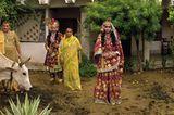 Vrindavan: Jungen als Radha und Krishna verkleidet