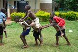 Hoffnung für Waisenkinder in Uganda - Bild 10