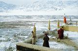 Auf dem Dach des Klosters Thiksey (1982)