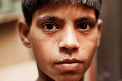 UNICEF: Warum Rajib täglich schuftet