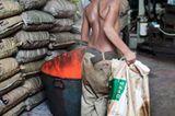 UNICEF: Warum Rajib täglich schuftet - Bild 2