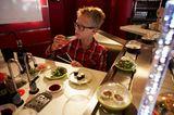 Sushi vom Fließband kosten