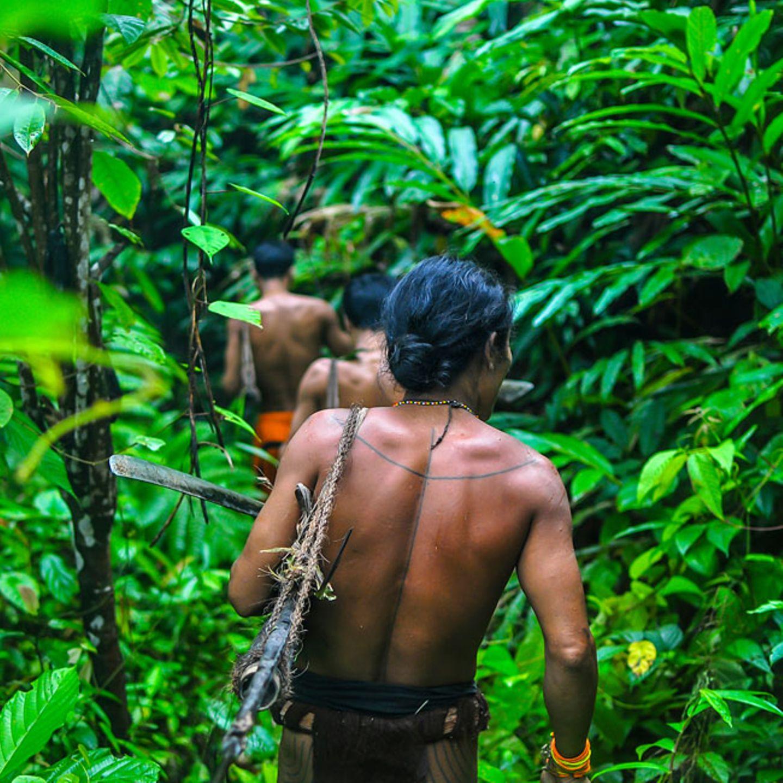 Mentawai-Männer, Siberut, Mentawai-Inseln, Indonesien