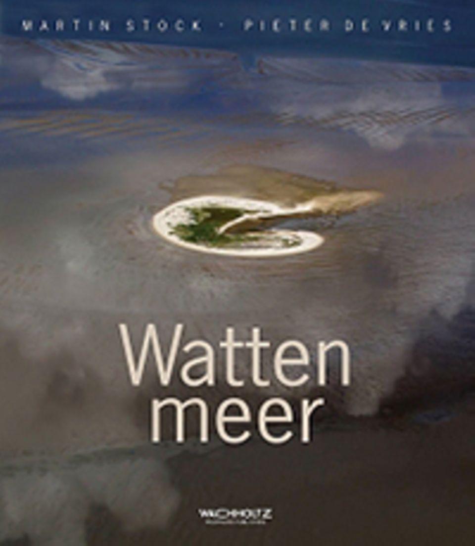 Nordsee: Martin Stock, Pieter de Vries Wattenmeer geb., 204 S. und zahlr. Abb. Wachholtz Verlag 2014, 49,80 Euro
