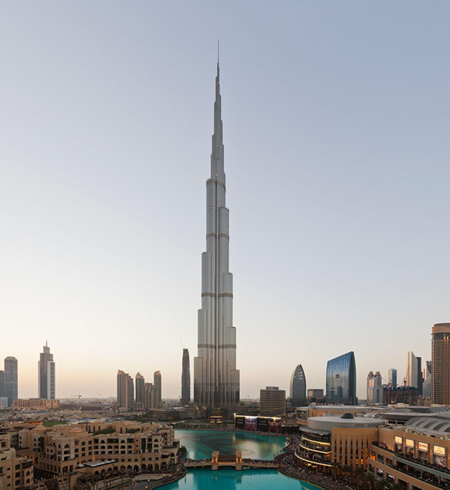 Burj Khalifa, 2014
