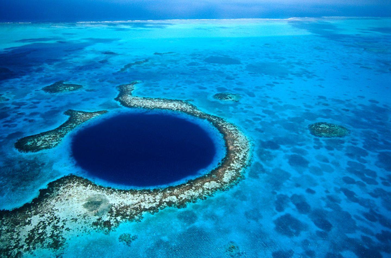 Karibik: Belize in Zentralamerika, Great Blue Hole