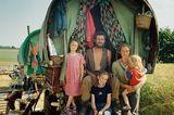 The Delany Family: Peter, Rachel, Hazel, Bryony und Judah, 2001