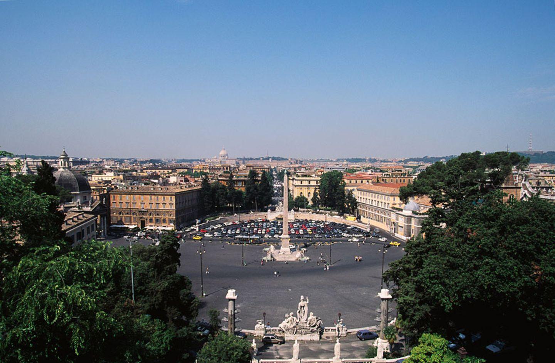 Aussicht vom Pincio Hügel auf die Piazza del Popolo
