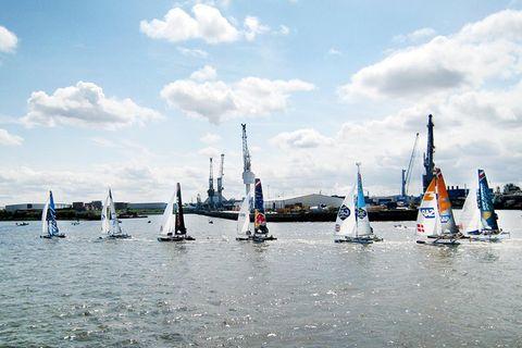 Extreme Sailing Series: Extrem-Segeln auf der Elbe