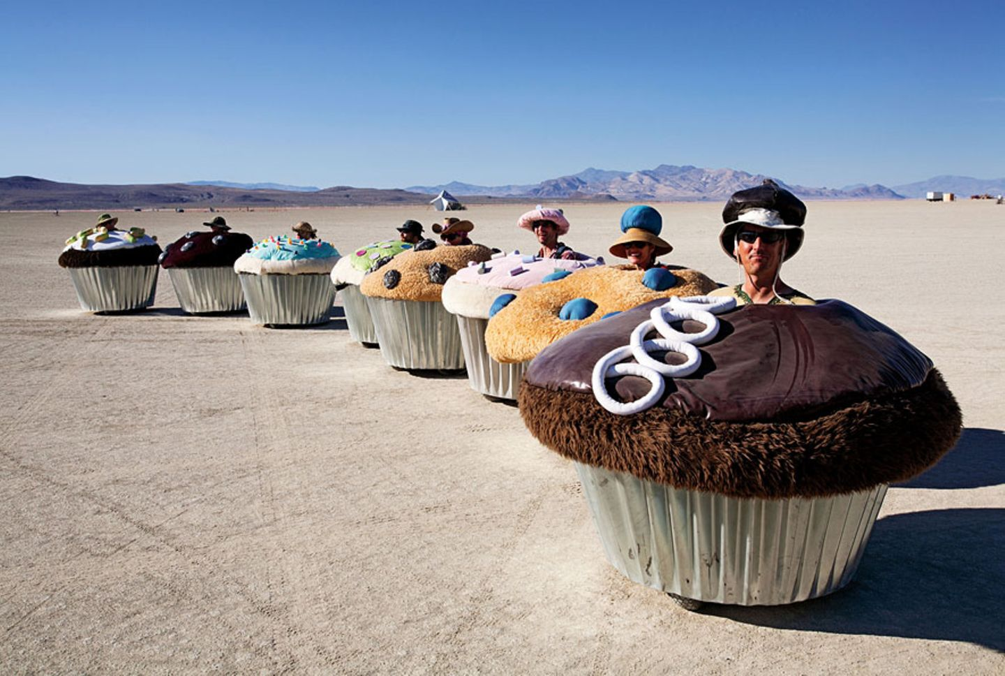 Cupcake Cars, 2006, von Lisa Pongrace, Greg Solberg and the Acme Muffineering team
