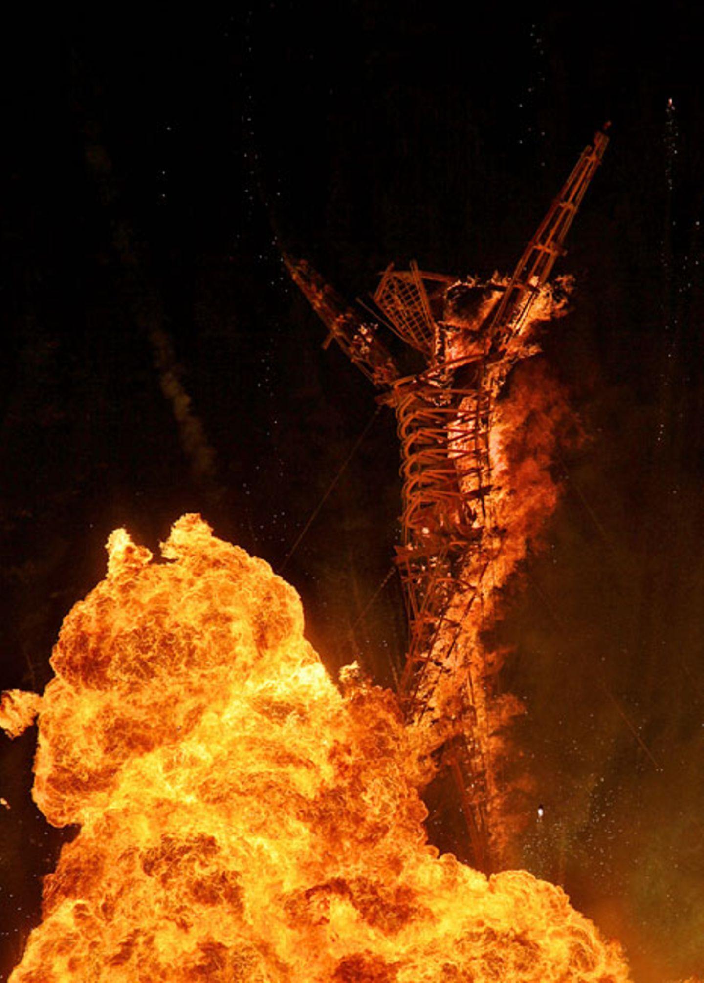 Man Burn, 2011, von Larry Harvey, Jerry James, Dan Miller, the Man Krew, Lewis Zaumeyer and Andrew Johnstone