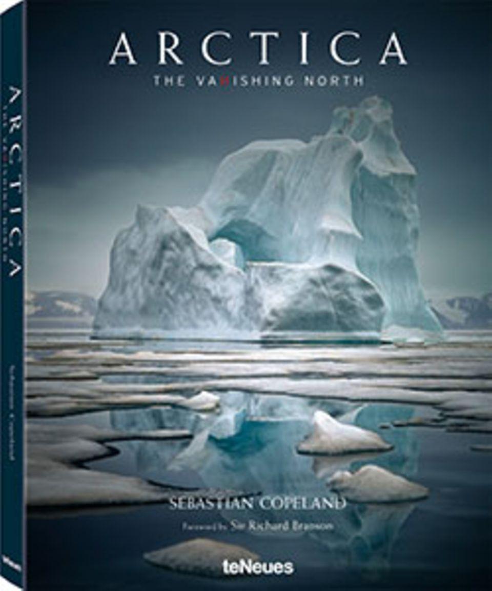 Fotogalerie: Sebastian Copeland Arctica: The Vanishing North 304 Seiten, Hardcover, ca. 200 Farbfotos teNeues, 2015, 98 Euro