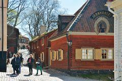 Stockholm: Anstoßen im Freilichtmuseum Skansen