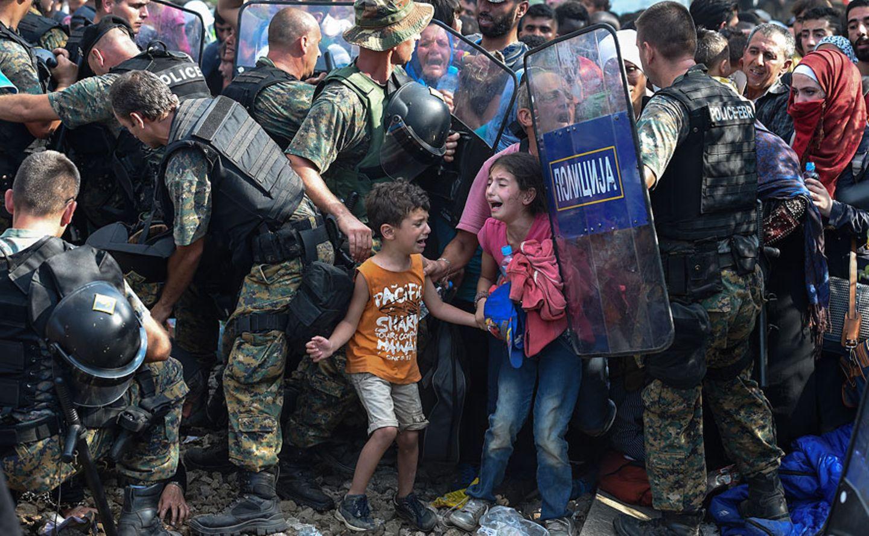 Kinder an der Grenze